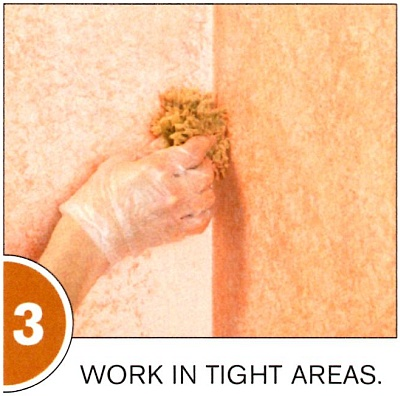 Tear off a small piece of sponge for sponging in corners