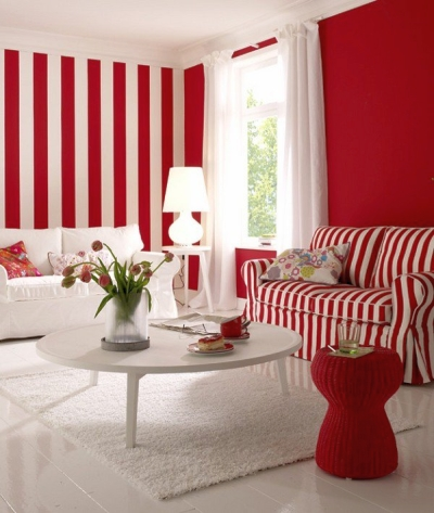 Repeat the color of the wall stripes