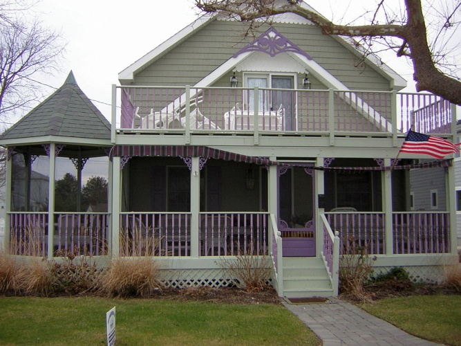 After: brighter colors on deck and porch