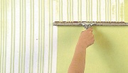 Squeegee pinstriped walls