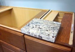 selecting kitchen countertop color