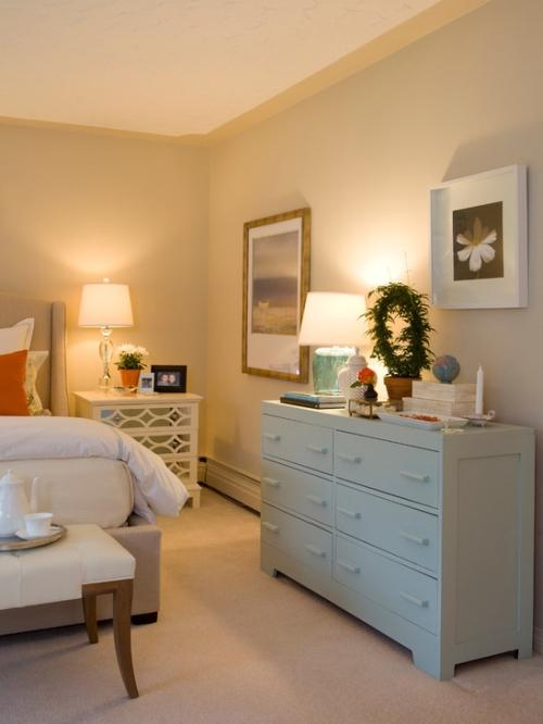 Bedroom walls painted a warm neutral / tan color