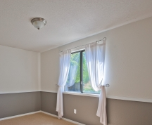 Painting ceilings with the wall color