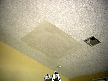 how to remove textured wallpaper from ceiling