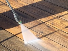 Pressure cleaning a deck