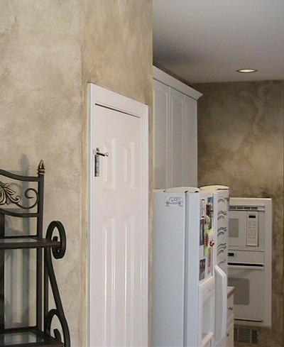 Sponge Painting Techniques: 43 Ideas and Examples on yellow kitchen paint ideas, kitchen wall colors, kitchen paint purple, kitchen paint schemes, kitchen updates, kitchen backsplash, kitchen paint ideas retailer, kitchen design, green kitchen paint ideas, country paint colors ideas, kitchen ideas and colors 2013, blue kitchen ideas, kitchen lighting ideas, kitchen paint colors wild, kitchen colors for 2015, kitchen decor, kitchen color schemes, kitchen countertops ideas, kitchen colors for 2014, bedroom paint ideas,