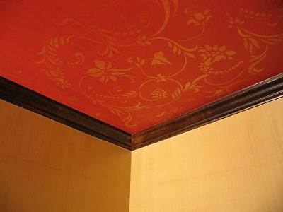 Ceiling stencil design over the weave wallpaper