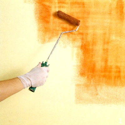 Applying the glaze in a thin, uneven, blotchy layer