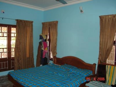 Bright blue paint color in my bedroom