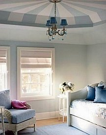 Ceiling paint stripes can go in any direction