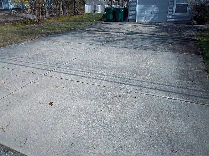 Before: dirty driveway