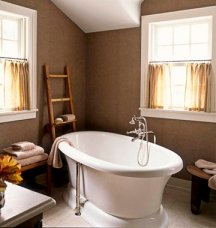 Neutral brown color idea for painting a bathroom