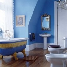 Bright blue color idea for painting a bathroom