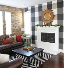 Intersecting vertical and horizontal stripes creates wall plaids