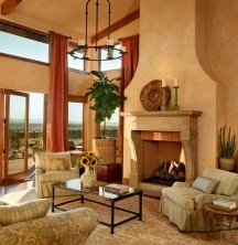 Textures and faux finishes make Tuscan paint colors look more authentic