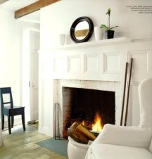 Black and white color schemes need natural textures to add interest